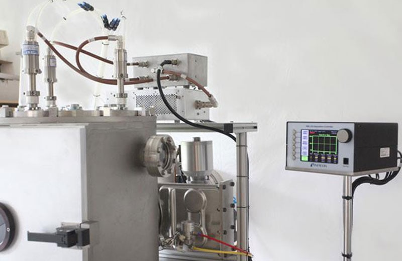 Inficon SQC-310 process controller onboard MiniLab 125 system, allowing for automated process control according to user-defined rates/thicknesses