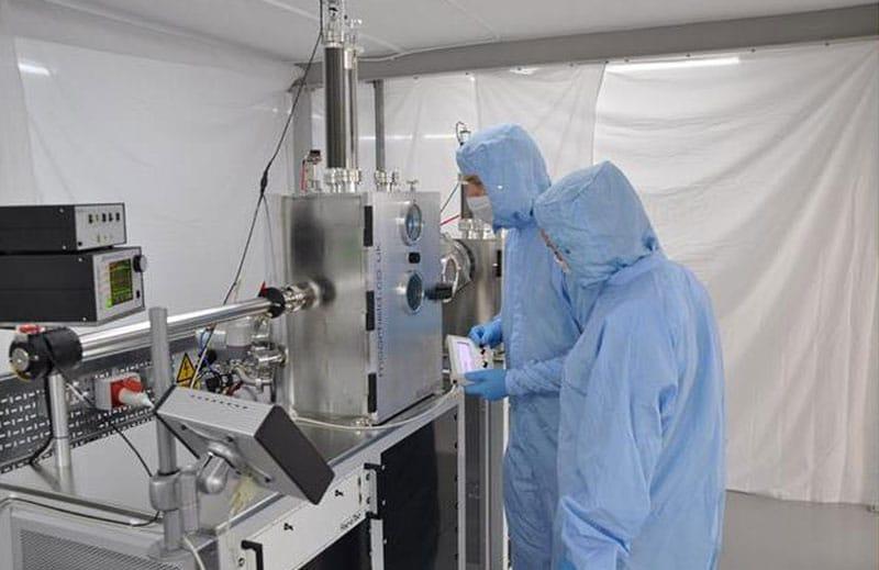 Operation of Minilab 080 e-beam evaporation system