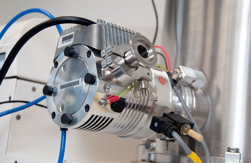 Turbomolecular pumping system fitted to rear of nanoPVD-T15A chamber