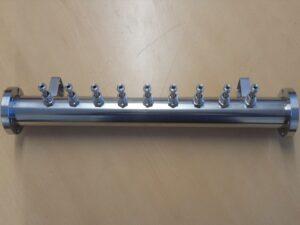 Vacuum chamber manifold